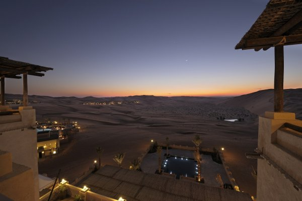 Qasr Al Sarab Desert Resort Abu Dhabi阿布扎比沙漠(flight ∙ hotel ∙ package ∙ cruise ∙ private tour ∙ business ∙ M.I.C.E ∙ Luxe Travel ∙ Luxury travel  ∙ Luxury holiday  ∙ Luxe Tour  ∙ 特色尊貴包團 ∙  商務旅遊 ∙  自由行套票 ∙滑雪  ∙ 溫泉 ∙ 品味假期 ∙ 品味遊)