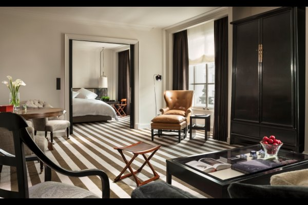 Rosewood London United Kingdom 英國倫敦(flight ∙ hotel ∙ package ∙ cruise ∙ private tour ∙ business ∙ M.I.C.E ∙ Luxe Travel ∙ Luxury travel  ∙ Luxury holiday  ∙ Luxe Tour  ∙ 特色尊貴包團 ∙  商務旅遊 ∙  自由行套票 ∙滑雪  ∙ 溫泉 ∙ 品味假期 ∙ 品味遊)
