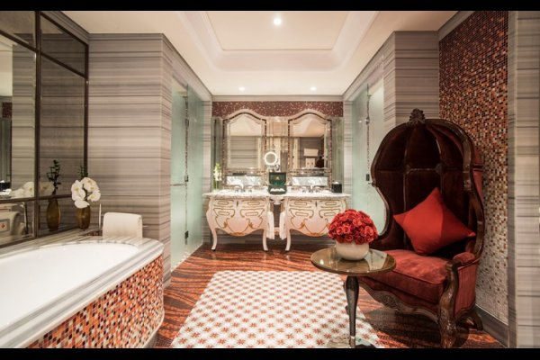 The Reverie Saigon - 西貢萬韻酒店 - 越南, 胡志明市 | 包團 | 度身訂造 | 豪華旅遊 | Luxury Travel | Private Tours | Tailor Made Trips | Luxe Travel (flight ∙ hotel ∙ package ∙ cruise ∙ private tour ∙ business ∙ M.I.C.E ∙ Luxe Travel ∙ Luxury travel  ∙ Luxury holiday  ∙ Luxe Tour  ∙ 特色尊貴包團 ∙  商務旅遊 ∙  自由行套票 ∙滑雪  ∙ 溫泉 ∙ 品味假期 ∙ 品味遊)