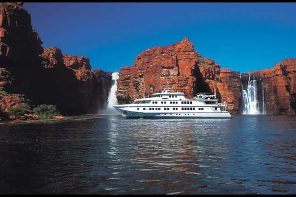 Luxury cruise (flight ∙ hotel ∙ package ∙ cruise ∙ private tour ∙ business ∙ M.I.C.E ∙ Luxury travel  ∙ Luxury holiday  ∙ Luxe World  ∙ 特色尊貴包團 ∙  商務旅遊 ∙  自由行套票 ∙滑雪  ∙ 溫泉 ∙ 品味假期 ∙ 品味遊)