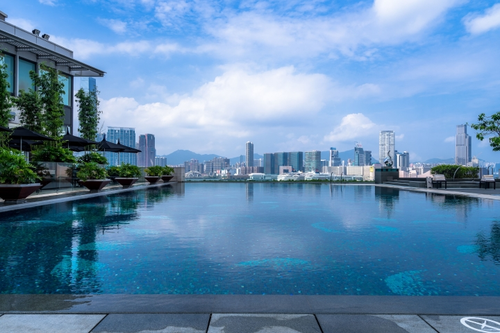 LEARN FROM THE MASTERS THIS SUMMER - 🤩 EXCLUSIVE STAYCATION OFFERS - FOUR SEASONS HONG KONG