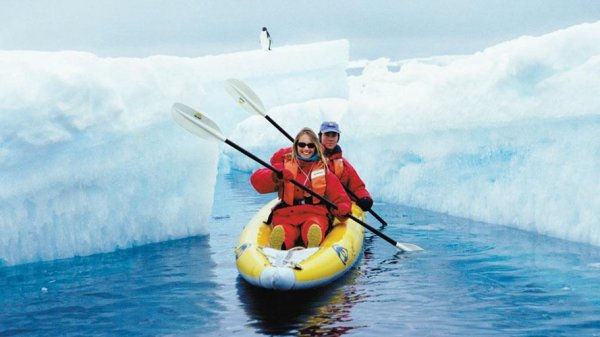 Explore Antartica in a Different Way | Expedition | LUXE TRAVEL