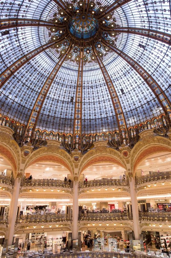 Be the LUXE VVIP of Galleries Lafayette | Exclusive Shopping Privileges with LUXE TRAVEL