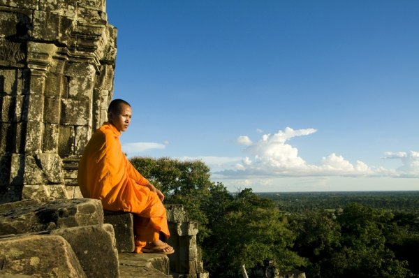 Enter a world of cultural experiences and photographic journey in Siem Reap, Cambodia, this festive season!