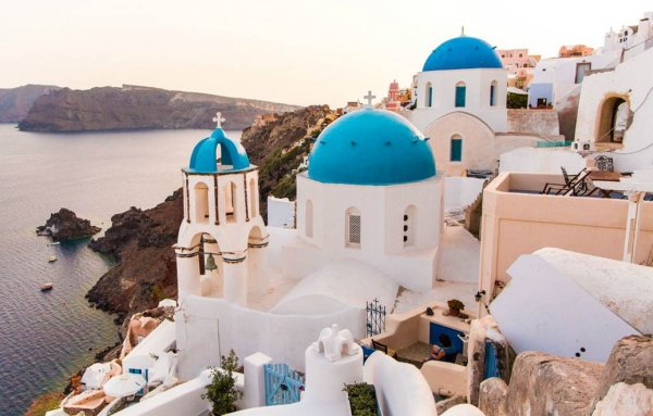 Santorini or France? | Book by 28th Feb | Luxe BA Early Bird Offer | Luxe Travel
