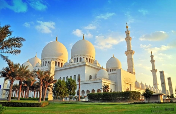 Chinese New Year Departure - Abu Dhabi & Dubai Discovery Journey with Private Day Tours 8 Days 6 Nights